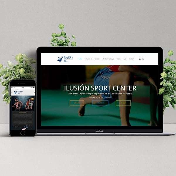 Mockup de página web de Ilusión Sport Center en escritorio y móvil
